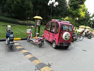 小区景观式电动车充电站安装图
